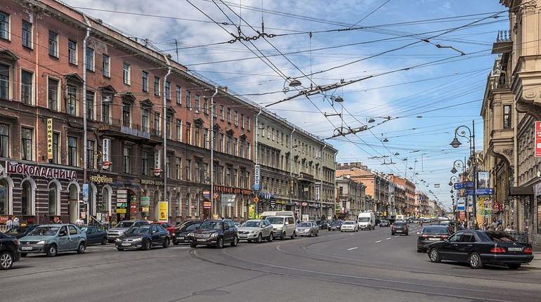 С 9 ноября в Петербурге вводятся новые ограничения движения. Об этом сообщили в пресс-службе Государственной административно-технической инспекции.