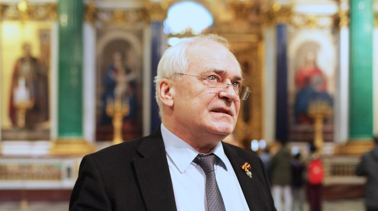 Бывший директор музея-памятника