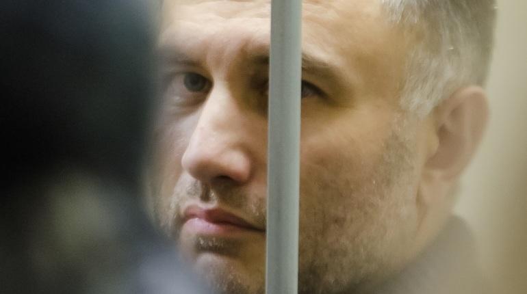 Суд отложил до понедельника заседание о продлении ареста Оганесяну