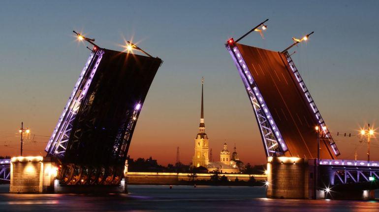 В последний день рабочей недели, 9 ноября, в Петербурге пройдут разные интересные события: от заседания городского ЗакСа до «звездной» экологической акции «Зеленый Десант».