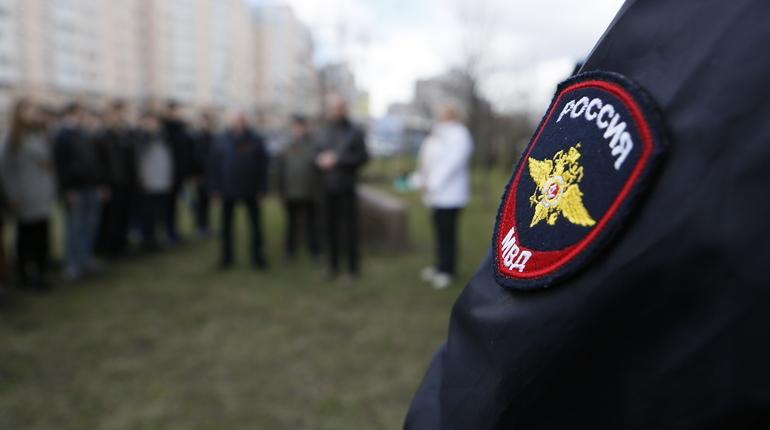 В УМВД России по Выборгскому району Петербурга проводится служебная проверка по факту представления, ранее подготовленного прокуратурой. Ее цель - установить причины допущенных нарушений.