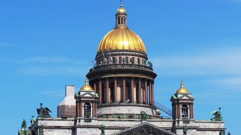 Лучшим добровольцам правительство Петербурга начнет выдавать специальные знаки отличия.