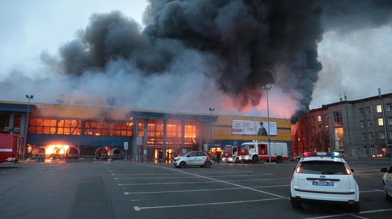 Врио губернатора Петербурга Александр Беглов прибыл на место пожара в