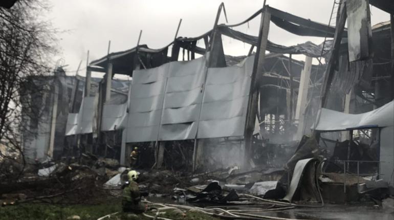 Депутат ЗакСа требует перепроверить общественные здания после пожара в «Ленте»