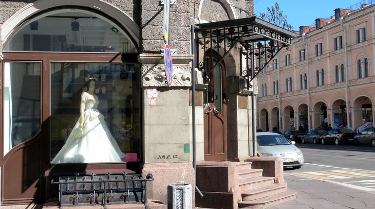 Петербург признали одним из лучших городов для шоппинга. Об этом сообщается в исследовании российского сервиса бронирования жилья Tvil.ru.