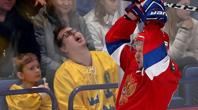 Российская сборная по хоккею досрочно стала победителем Кубка Карьяла. Эту награду команда из России получает седьмой раз в истории.