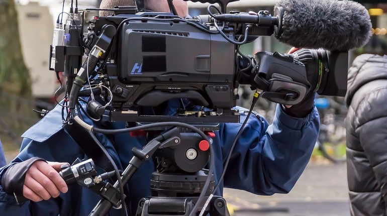 Съемки фильма «Дылда» ограничат движения транспорта на дорогах Петербурга с 15 по 18 ноября. Об этом сообщили в пресс-службе комитета по развитию транспортной инфраструктуры (КРТИ).