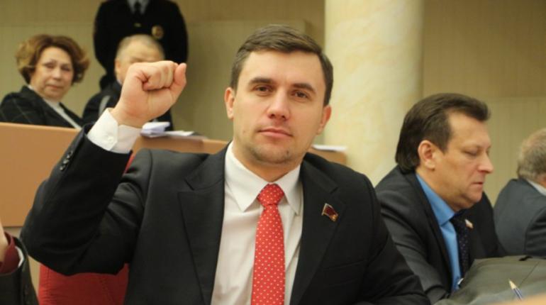 Саратовскому депутату не понравилось жить на 3500 рублей в месяц