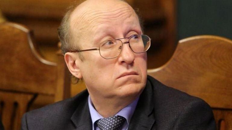Вишневский: лучше бы ушли Говорунов и Кириллов, а не Мокрецов