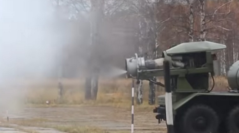 Журналист американского издания The Drive был поражен видео, которое опубликовало Министерство обороны России. Видеозапись опубликовали к столетию войск радиационной, химической и биологической защиты.