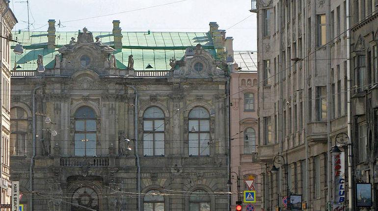Белинского обошла Рубинштейна в рейтинге ночных барных улиц Петербурга