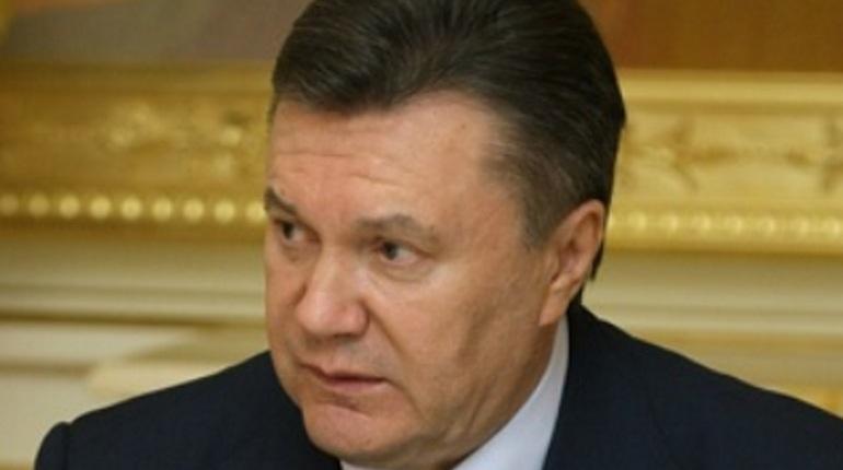 Януковича госпитализировали в московскую клинику