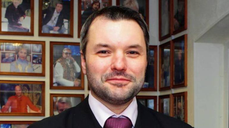 Колонка о возможности появления должности председателя правительства опубликована в петербургском издании, приближенном к главе аппарата губернатора Любови Совершаевой.