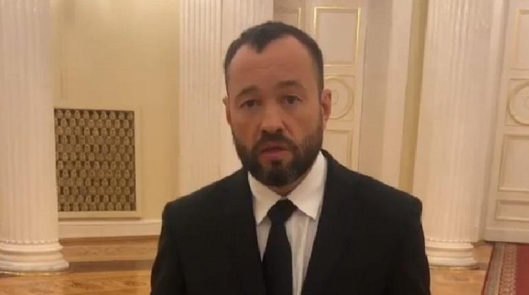 Макаров указал депутату Анохину его место