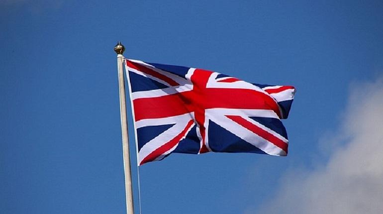 Остающиеся в Евросоюзе государства одобрили проекты договоренностей о выходе Великобритании из ЕС. Об этом сообщает глава Евросовета Дональд Туска на своей странице в социальной сети Twitter