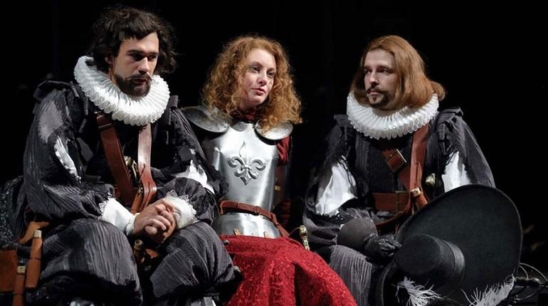 В Александринском театре покажут героическую драму Ростана в постановке Николая Рощина.