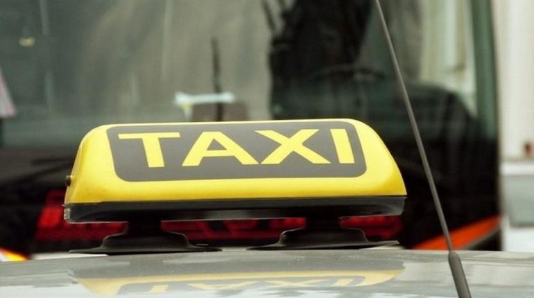 Мужчину приговорили к 10 годам «строгача» за нападение на таксиста