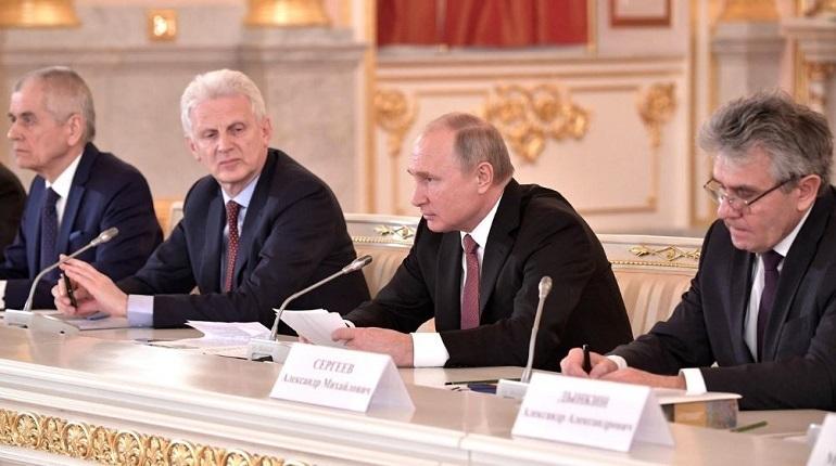 Президент России Владимир Путин опасается, что Россия может не успеть впрыгнуть