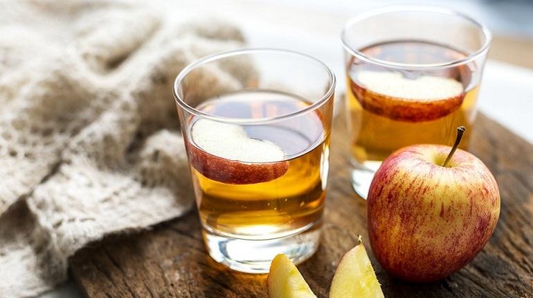 Эксперты Роскачества исследовали 33 торговые марки пакетированного яблочного сока. Все они проходили испытание по 38 критериям качества и безопасности.