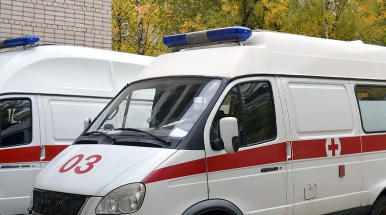 Полиция Кировского района задержала подозреваемого в нападении на фельдшера скорой помощи на улице Лени Голикова.