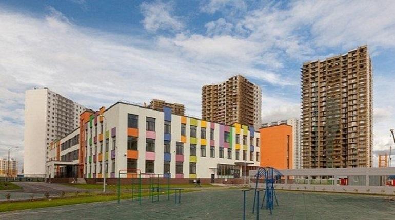 Игорь Албин поручил разработать схему строительства школ и детских садов на территориях программы реновации.