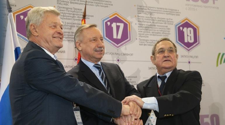 Минимальная зарплата в Петербурге в 2019 году вырастет на тысячу рублей и составит 18 тысяч. Соответствующее соглашение было подписано 28 ноября.
