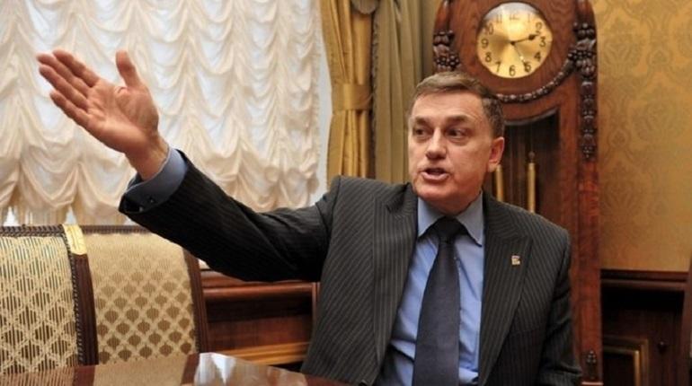 Вячеслав Макаров сказал, что не получал обращений о драке с участием вице-спикера городского парламента Анатолия Дроздова, о которой поступала информация 23 ноября.