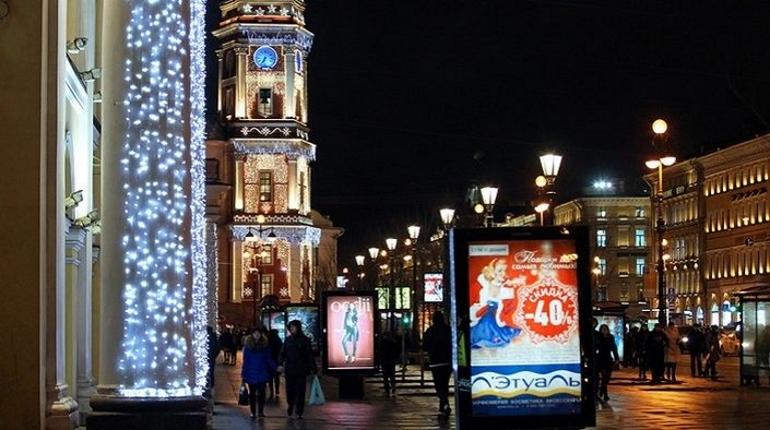 На заседании правительства Петербурга обсудили подготовку к Новому году. Александр Беглов заявил, что горожане заслужили хороший, яркий праздник.
