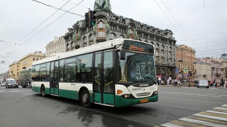 Транспортным предприятиям Петербурга и Ленобласти предложили протестировать разные модели кассовой техники. Это делается для того, чтобы аппараты были готовы ко всем видам проездных билетов.