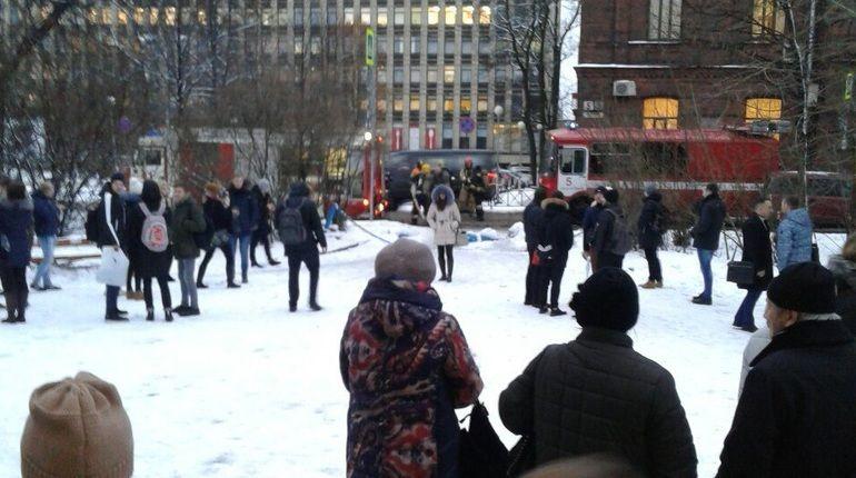 В Петербурге эвакуировали университет адмирала Макарова