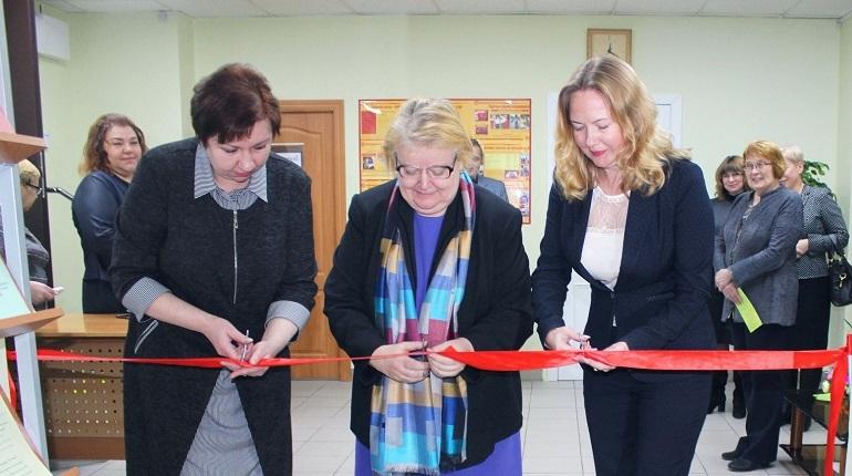 В Петербурге 29 ноября в Центре социальной помощи семье и детям Центрального района после ремонта открыли отделение для женщин, попавших в трудную ситуацию.