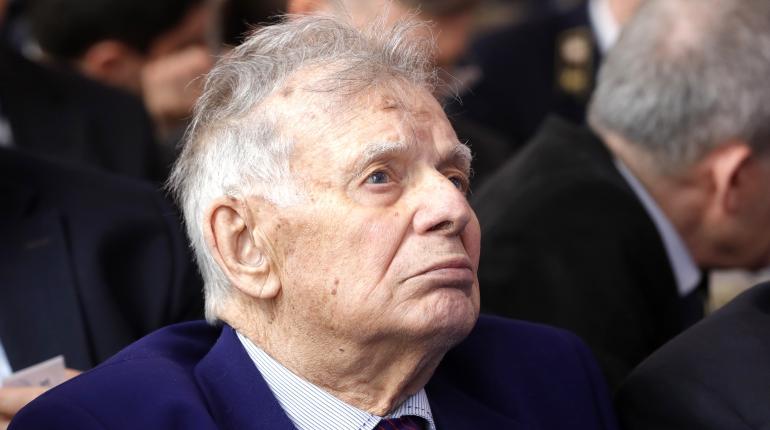 Академик Жорис Алферов был экстренно госпитализирован в одну из московских клиник из-за резкого ухудшения здоровья.