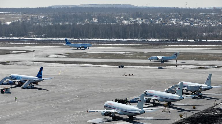 «Комиавиатранс» на 1,5 часа задержал самолет из Пулково в Усинск