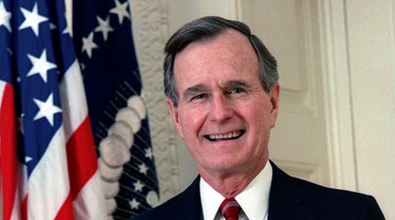 В США ушел из жизни экс-президент Джордж Буш-старший. Ему было 94 года.