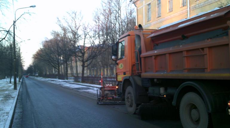 В Петербурге заработала зимняя «горячая линия» по уборке улиц