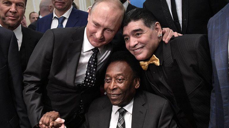 Владимир Путин сфотографировался с Пеле