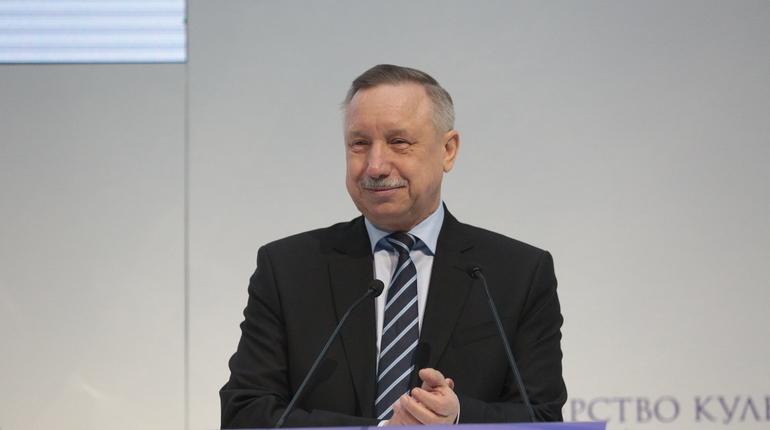 Врио губернатора Петербурга Александр Беглов подписал закон об изменениях в Социальный кодекс города и в закон