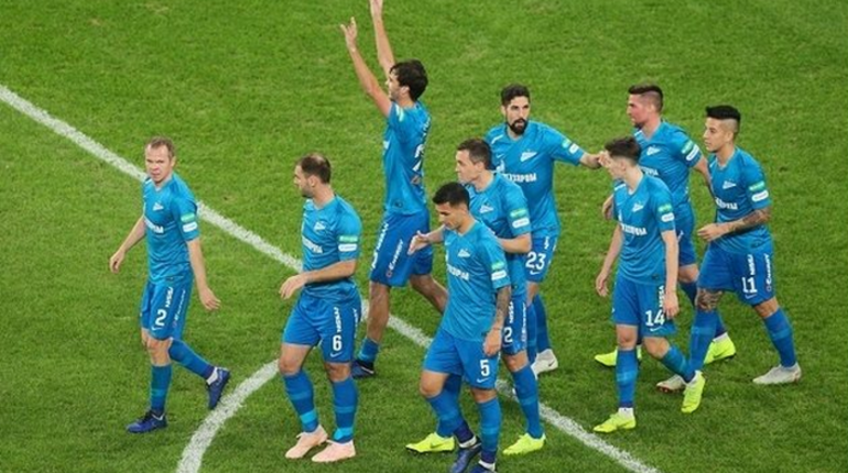 Во втором тайме петербургскому футбольному клубу удалось сравнять счет в матче с тульским