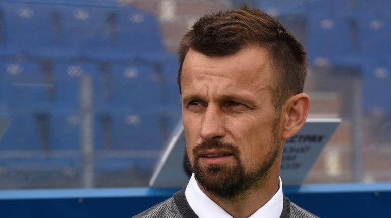 Тульский клуб «Арсенал» обыграл петербургский «Зенит» со счетом 4:2 в матче 16-го тура Премьер-Лиги. Финальный гол в ворота сине-бело-голубых отправил Зелимхан Бакаев.