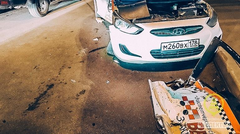 В Петербурге водитель, скрывшийся с места смертельной аварии на проспекте Королева, сдался полиции. Мужчина добровольно пришел в отдел и написал явку с повинной.