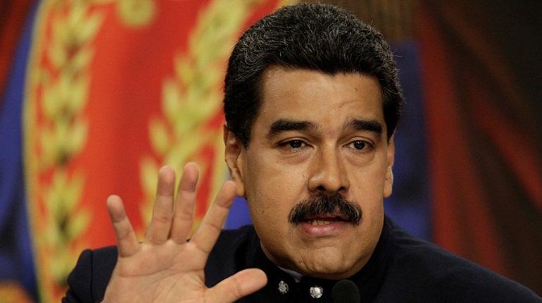 Президент Венесуэлы Николас Мадуро анонсировал вылет в Москву и встречу с российским президентом Владимиром Путиным.