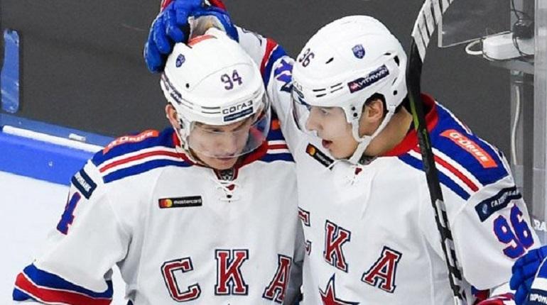 В третьем периоде петербургский хоккейный клуб СКА забил шестую шайбу в ворота нижегородского клуба
