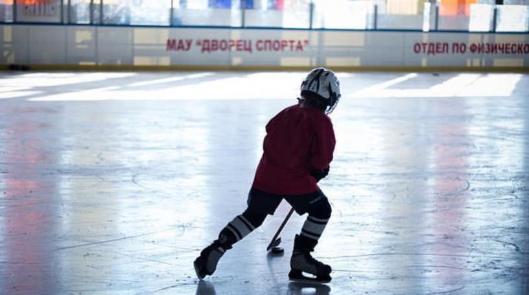 База для футболистов в Рощино прирастет ледовой ареной
