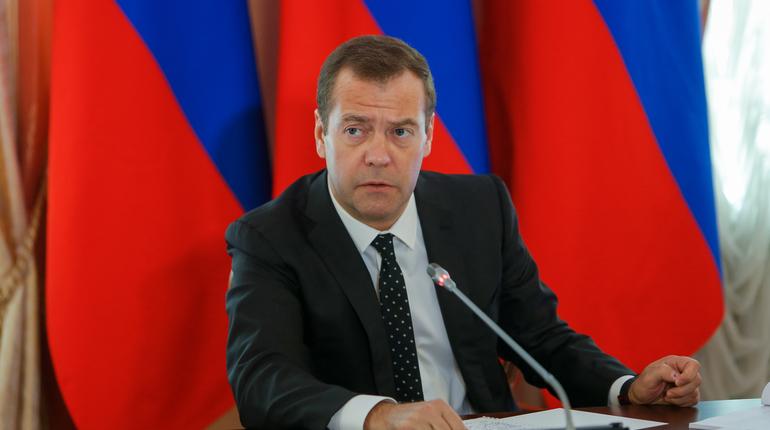 Решение о повышении пенсионного возраста стало самым трудным для правительства России за последнее десятилетие. Об этом заявил премьер-министр РФ Дмитрий Медведев.
