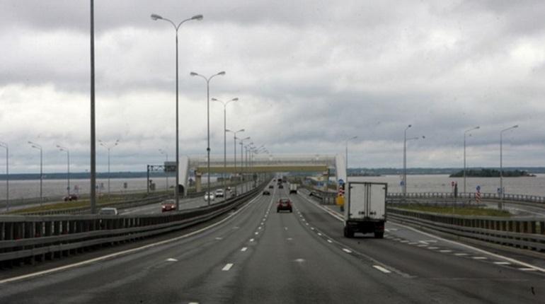 Во время совещания с руководством Минтранса была представлена программа дорожного развития Ленобласти на 6 лет. В результате переговоров было решено построить многомиллиардный транспортный узел.