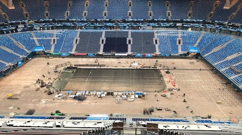 «Газпром арену» начали переделывать под ледовый стадион для СКА