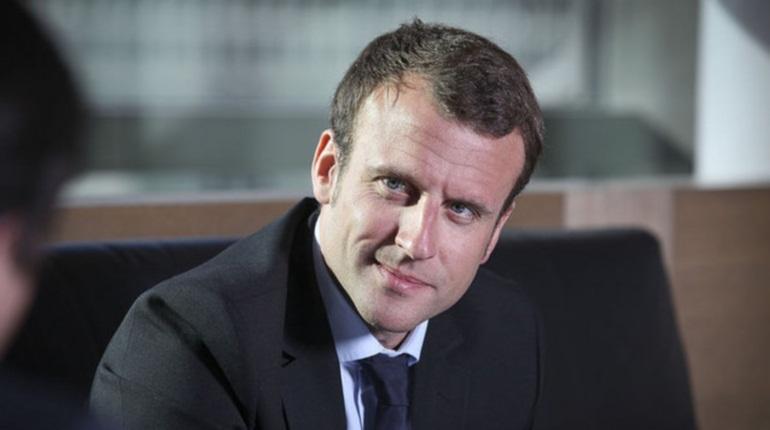Макрон ввел во Франции чрезвычайное положение из-за протестов