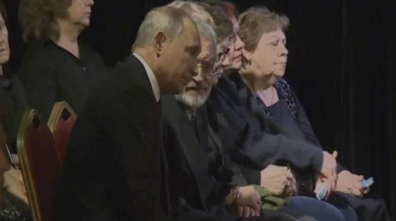 Путин приехал на церемонию прощания с Алексеевой