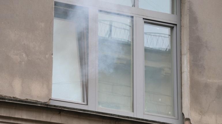 Очевидцы: на Большевиков в пожаре погибла женщина