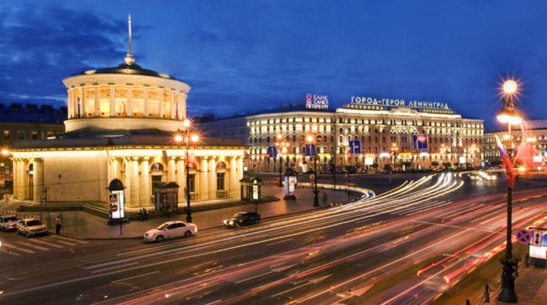 Коммунисты решили бороться с переименованием улиц в Петербурге в одиночку